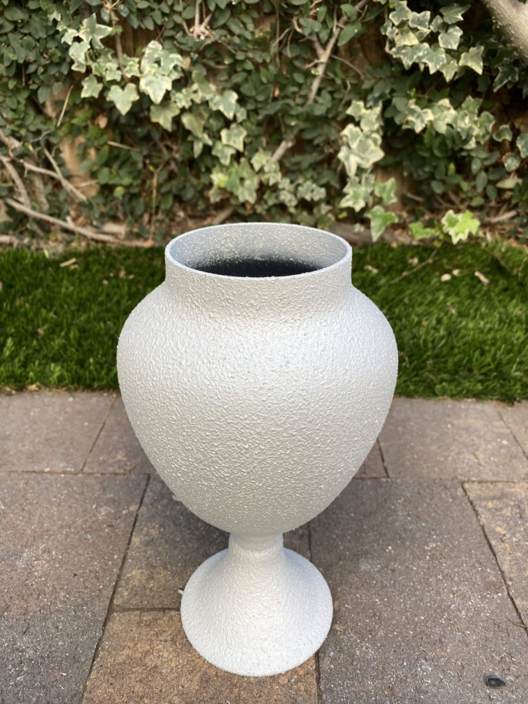 Primed jar painted with Krylon Stone Coarse Texture in white onyx